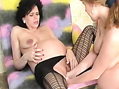 Pregnant pussy fist fucked in vintage porn