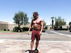 Public Bodybuilder J/O