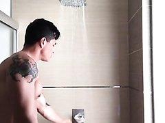 take shower - video 3