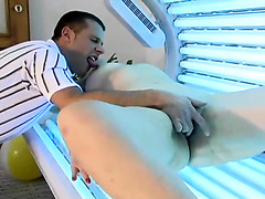 Curvy milf fingered and fucked at tanning salon