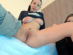 Cute young webcam girl has an incredible orgasm