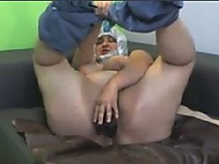 FAT HAIRY ARAB HIJAB GRANNY ON WEBCAM
