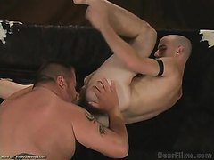 Gorgeous hairy ass redneck pounds bigger guy