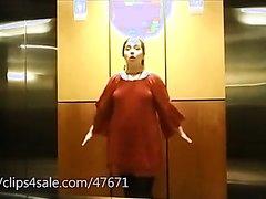 fart in elevator