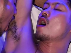 licking - video 2