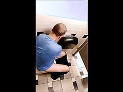 Toilet Spy Vid - video 4
