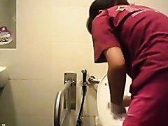 spy toilet - video 103