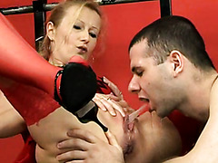 Red Stockings Delivering Hot Yellow Piss