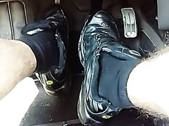 Pedal pumping - video 2