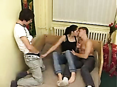 Teen bisexuals having a sexy threesome