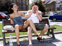 Babe screwed in the park