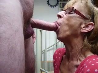 givng blow grannies jobs Mature