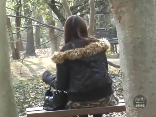 Japanese girls pooping in the public park