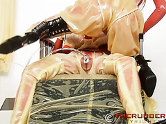 Rubber Piss And Pumping