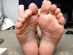 500 Subscribers. Foot show special.