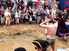 Mud Wrestling striptease