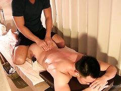 muscle guy massage