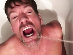 swallowing piss