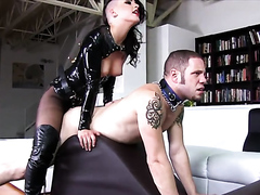 Goth chick peggs her obedient slave