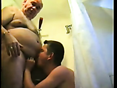 Fat mature daddy rammed by a younger stud