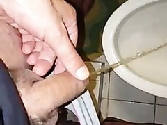 pissing - video 71