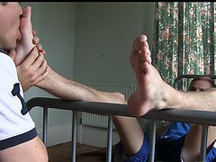 Marc flip flop worship