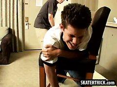skaterboy spanking
