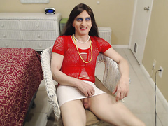 Susie Que XXX Plays With Herself