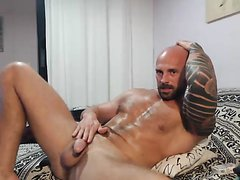Hungarian hunk Leonardo - video 4