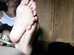 Feet relaxing