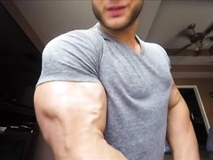 Thick Muscles and Veins with Oil P1