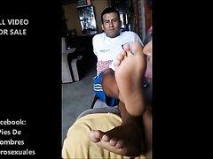 Latino mature's feet