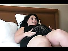 Huge ass BBW humps a pillow