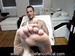 Feet job