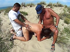 Hardcore mature threesome at the beach