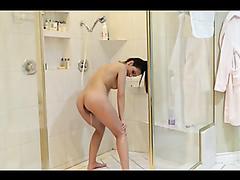 Shower Pee