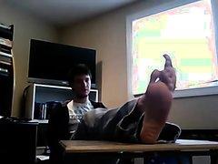 Super Hot Feet