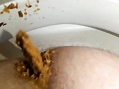 Mushy farty splattery morning shit