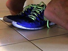 Poop on my Nike free run sneakers