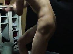 straight  japan 全裸のポーズ