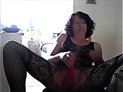 Sexy mature in lingerie squirting hard