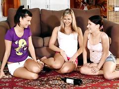 Super Cute Lesbian Trio