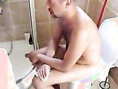 Shitting - video 182