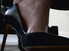 2018-07-11_2 High Heels At Work
