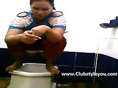 Girl poop in public toilet 45