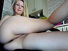 Webcam Sexy blond MILF Amateur Anal Dildo and fingering