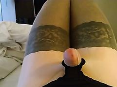Nylon fetish guy cums with no touching