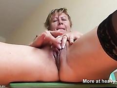 mature woman pising