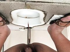 Morning poop - video 3