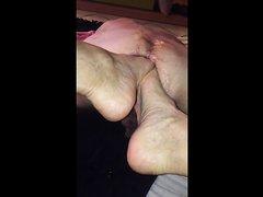 feet play